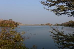 Och en stor damm, vattenkraft och bevattning
