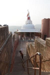 En minnesbyggnad med utsikt