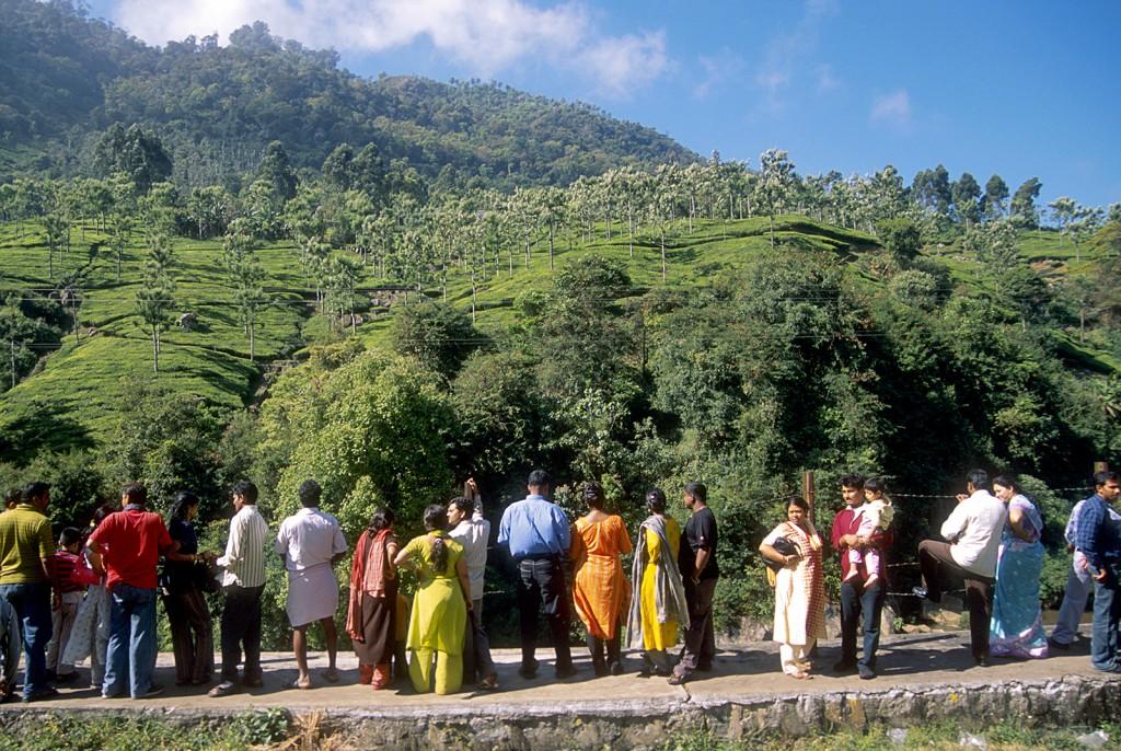 Ride the Nilgiris Mountain Railway Toytrain. Det är en slogan för resan i bergen